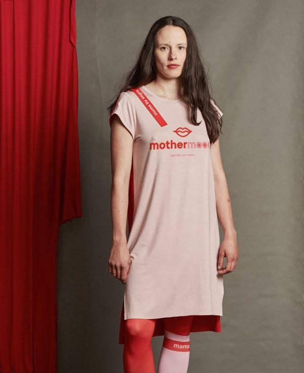 Dizajnové šaty s pásikom 4